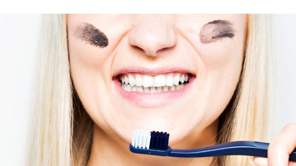 Aktiivihiili Hampaat